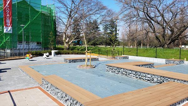 ポラスの分譲住宅 パレットコート北越谷 フロードヴィレッジ 公園の写真